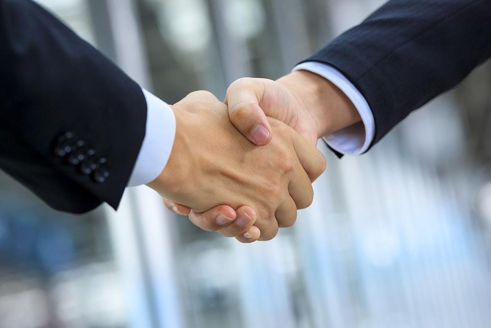 >あなたの会社の採用活動を必ず成功に導きます。